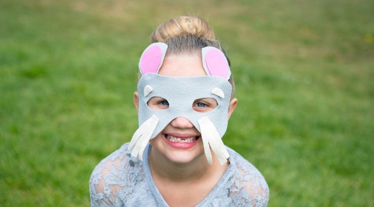 How to Make a No-Sew Felt Mouse Mask - Creativebug