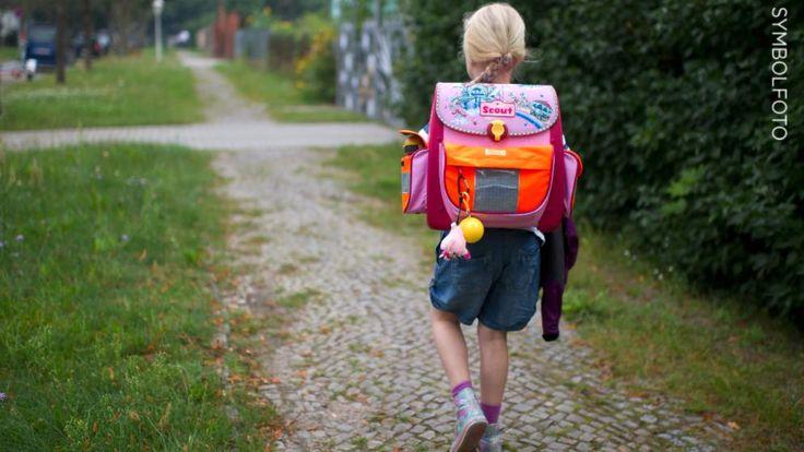 Die französische Familie, deren Tochter in Deutschland zur Schule geht, hatte nicht an den Feiertag Fronleichnam gedacht