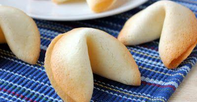 Простой рецепт печенька с предсказаниями. Удивите гостей в новогодний вечер!