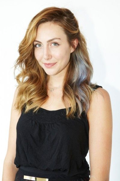 Looking for ways to 'hide' some fun color. This could work, but I'd want both sides and a brighter shade