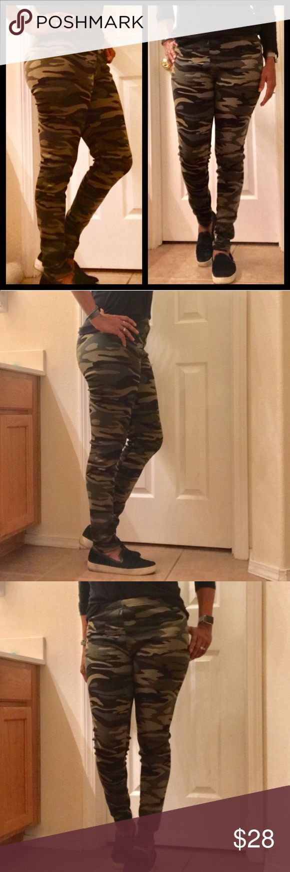 Fleece Lined Camo Leggings Perfect timing for these trend right leggings. These are made with a soft, cozy fleece lining.  Great quality with a nice weight fabric.🎉🎉  Fabric: 97% polyester, 3% spandex  Internal Lining: 100% polyester  S/M= size 2/6 L/XL= size 8/10 * Model is size 8  🚫Trades ✅Price firm unless bundled Fresh Fashion Boutique Pants Leggings