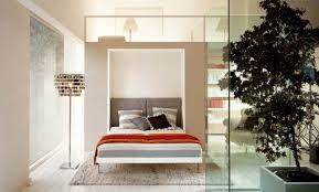 Inspiration > kaappisänky, joka asennettu seinäkkeeseen