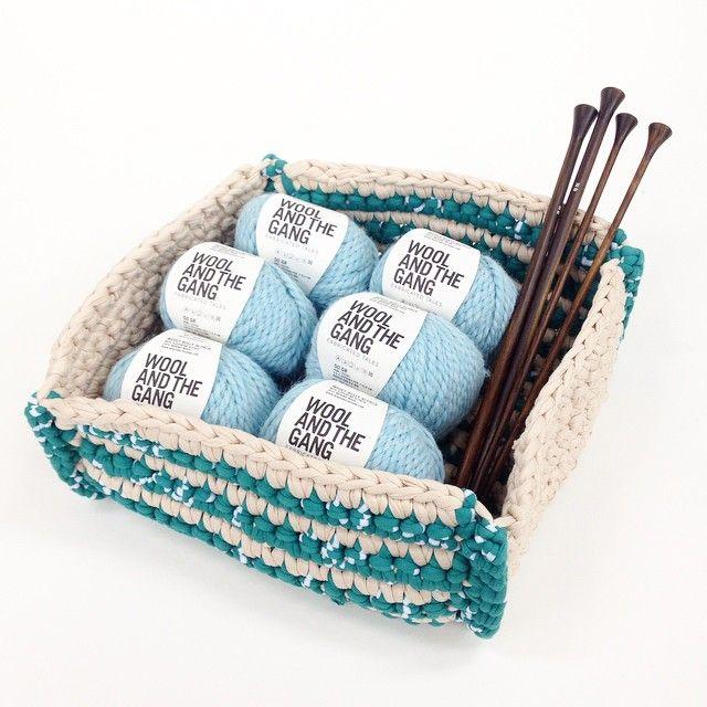 """@giiton's photo: """"BESTITCHED BOX*  かぎ針編みで作る、使い勝手の良いバスケットパターンが入荷しました! お好きな色のJERSEY BE GOODを組み合わせて編んでください◎"""""""