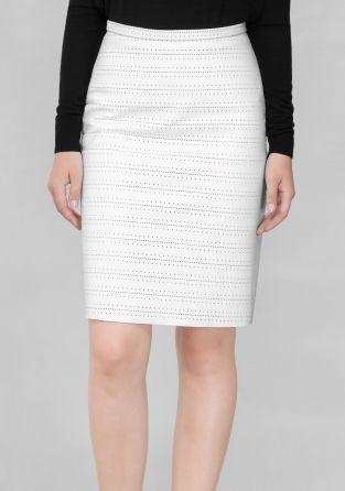 Fresh and classy, this white leather skirt features a perforated texture and reaches a flattering knee-length.