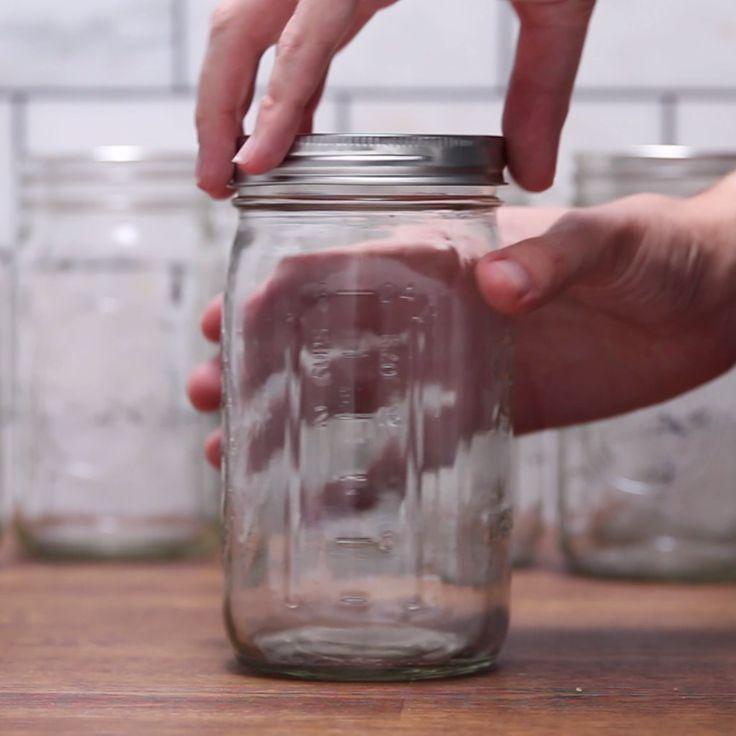 Hamburger. (Mason Jar Cornbread Burger) (https://www.buzzfeed.com/amphtml/adambianchi/heres-a-burger-that-you-can-make-using-a-mason-jars)