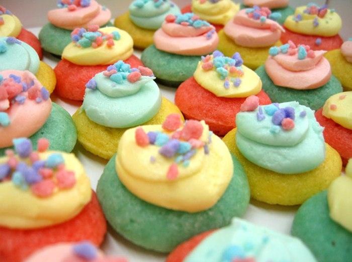 Baked by Melissa! Yummmm