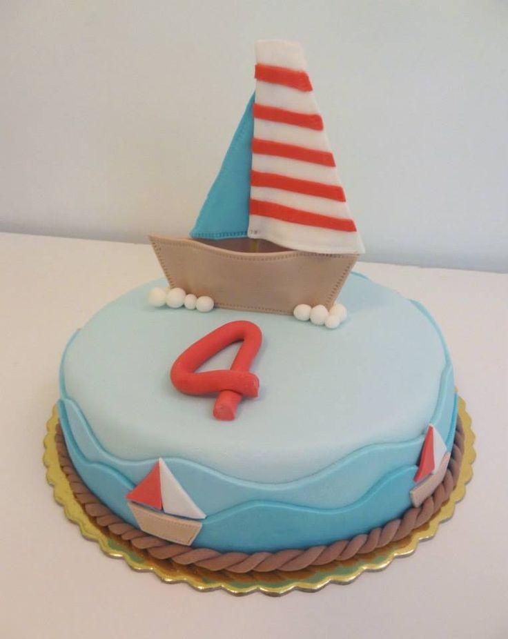 Little boat cake
