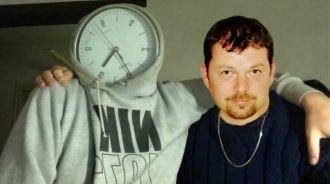 Čas je sice můj kamarád, ale je moc nadupaný a pořád mi utíká, postěžoval si fotografu O. Kolářovi Tomáš Tittl.  A to bude ještě hůře...