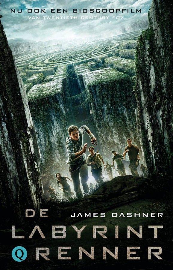 YA. speelt zich af in een post-apocalyptische wereld. Nadat zijn geheugen is gewist, komt Thomas terecht bij een groep jonge mannen. Als hij ontdekt dat ze gevangen zitten in een doolhof, sluit Thomas zich aan bij de Renners. Niet alleen om uit het labyrint te ontsnappen, maar ook om het ijzingwekkende geheim dat schuil gaat achter hun lot te ontrafelen.