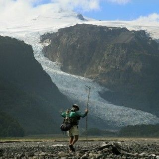 Trekking below the MIchamahuida Volcano in Pumalin Park | from Yelcho en la Patagonia http://yelcho.cl/