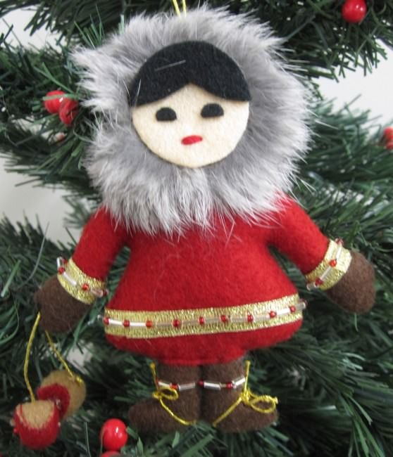 felt craft ideas for christmas handmade felt ornaments child with eskimo yoyo felt 6573