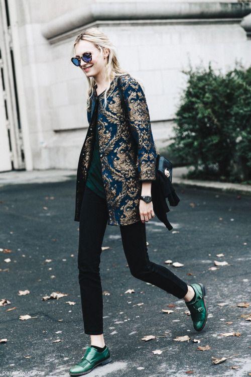 Une veste bleue stylée pour twister mes tenues noires