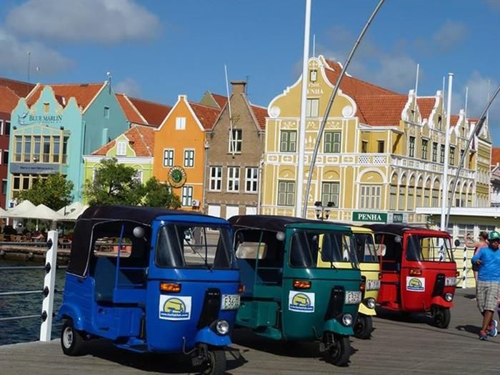 Tuk Tuk City Tour Willemstad