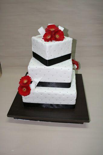tort weselny z Cukierni Krakowskich Wypieków