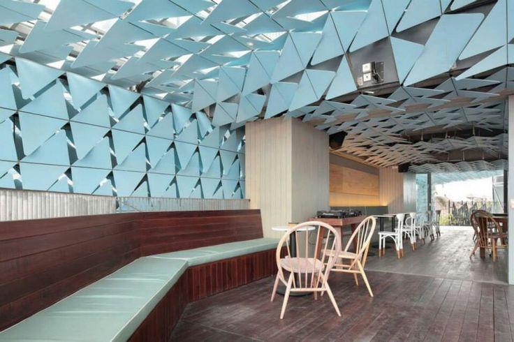 izel hotel studio ton ton , en seminyak, kuta, bali, indonesia ; via archDaily