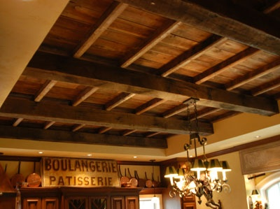 Would love to have the ceilings like this!: Ceilings Beams, Basements Ceilings, Woods Crosses, French Country Style, Craftsman Style, Woods Ceilings, Ceilings Ideas, Woods Beams, Reclaimed Barns Woods