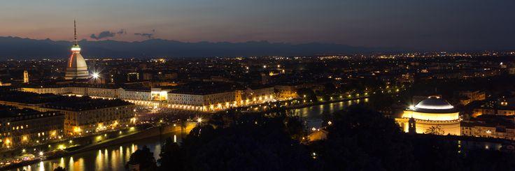 Veduta di Torino al tramonto