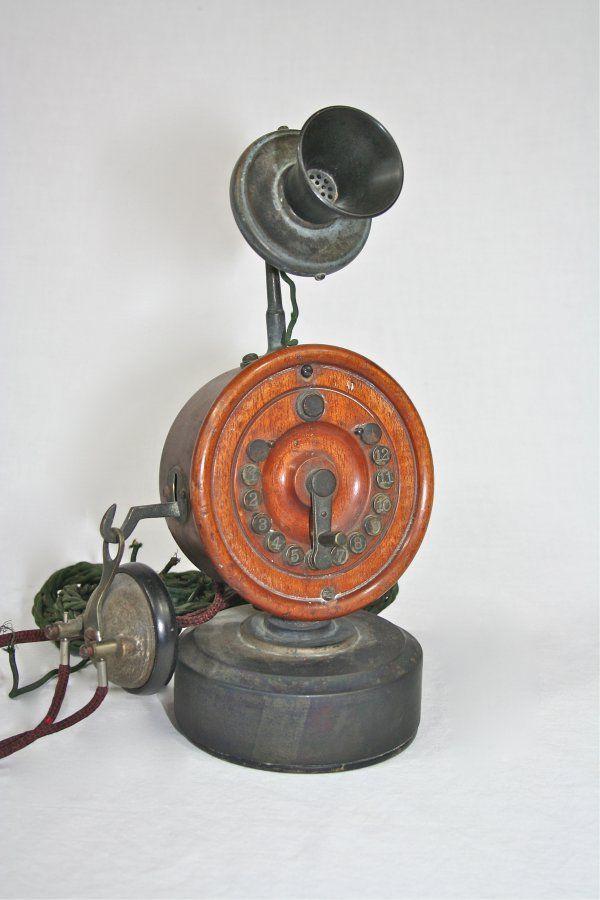 1899 - The Public Telephone Company Shaver 12 button desk set
