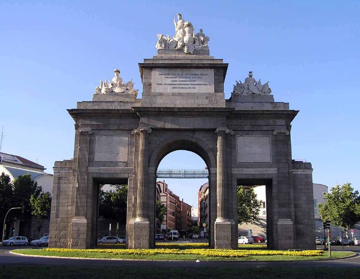 Puerta de Toledo en Madrid, Madrid