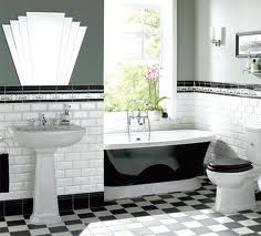 Love the tile and tub.. Not so sure about the mirror.