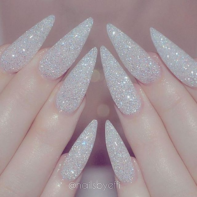 Sugar glitter stiletto nail art