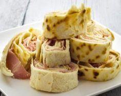 Wrap minceur express à la viande des Grisons : http://www.fourchette-et-bikini.fr/recettes/recettes-minceur/wrap-minceur-express-la-viande-des-grisons.html