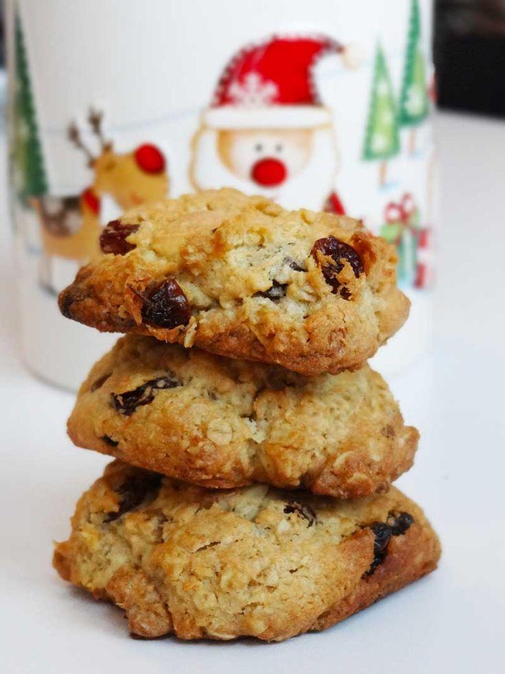 White chocolate cookies/ Biscuiți cu ciocolată albă