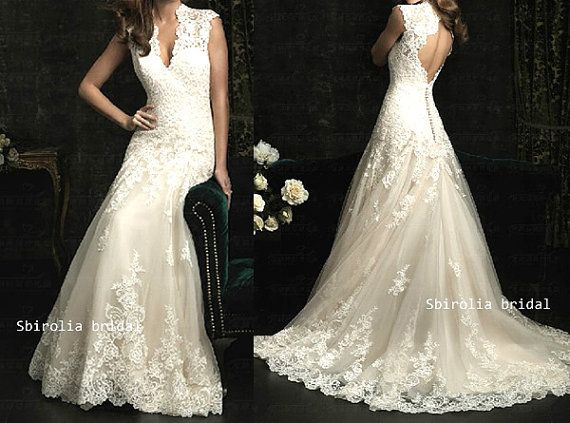 Vintage  backless lace Bridal wedding dress / wedding gown/ princess style  Wedding Dress on Etsy, $319.00
