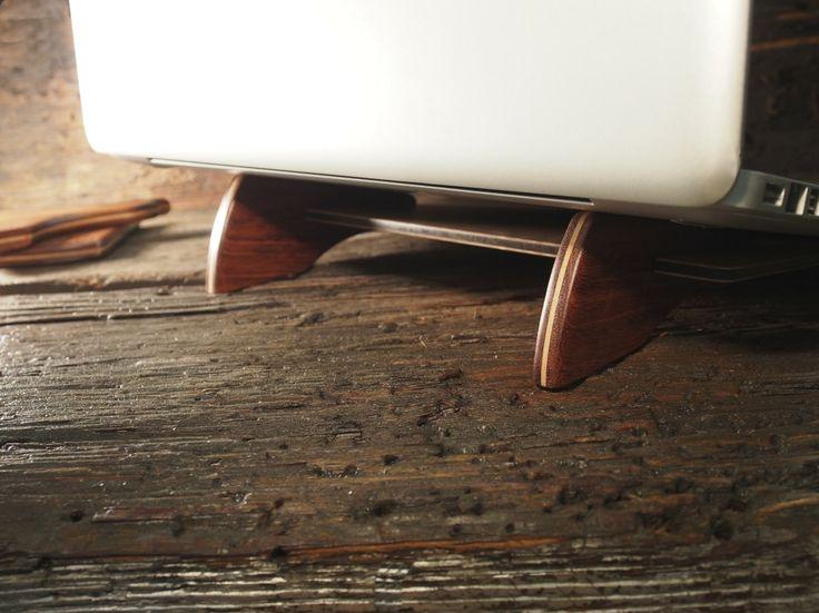 Gorgeous Laptop Stand https://www.etsy.com/listing/185171926/ergonomic-portable-laptop-stand-allow?ref=shop_home_active_7 #want #office #design #leading design