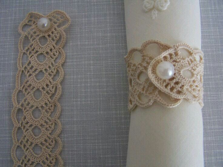 Napkin Rings with antique tatting ...