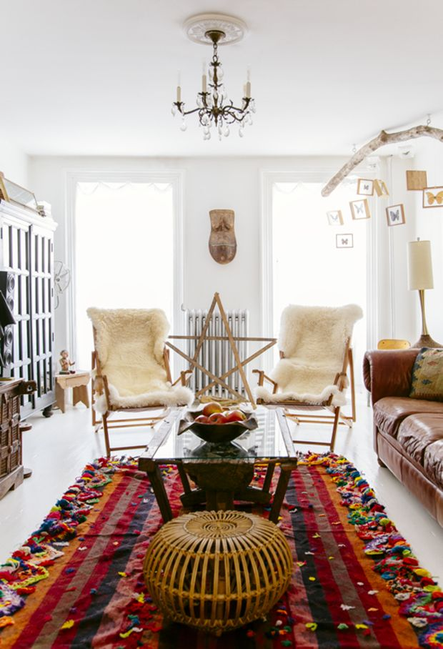 Your go-to guide for all things boho, Justina Blakeney, shares her favorite cosmic themed items for making your space even dreamier. http://bit.ly/1Okbitu