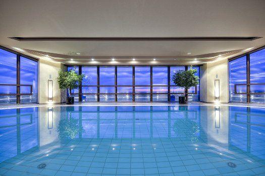 Luxus pur in Prag: 2 bis 5 Nächte im 5-Sterne Hotel mit Frühstück + Panorama-Spa ab 99 € - Urlaubsheld | Dein Urlaubsportal