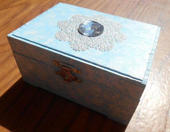 Jewelry Organizer Jewelry Box Ice Queen Snow by KingsfieldInn