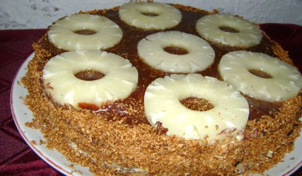 #Торта с #ананас и карамелизиран кокос Веселина Константинова http://recepti.gotvach.bg/r-54164