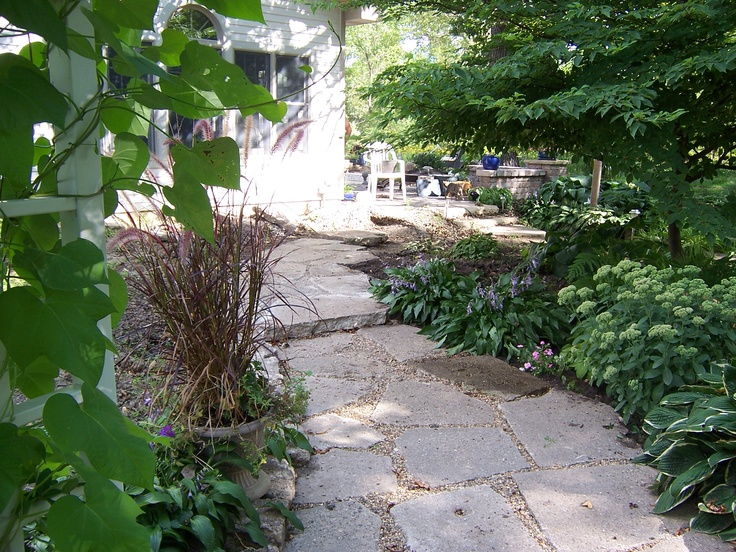 17 best images about driveway ideas on pinterest paver for Cement garden paths