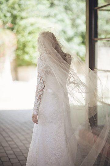 Long Sleeve Lace Wedding Dress by Samantha Wynne Photography by Jen Regan