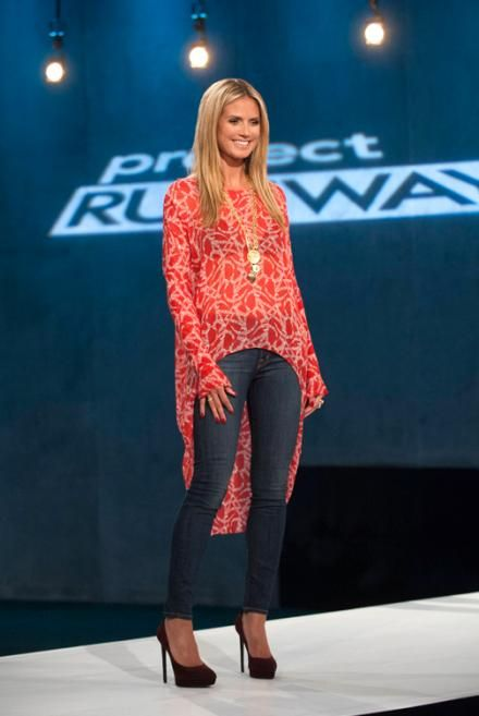 Do you think Heidi Klum rocked this look on Project Runway? Share your opinion on smallscreenscoop.com!