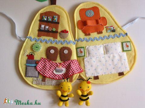 Zümi és Zizi méhecse körtekuckója- játszókönyvecske, Baba-mama-gyerek, Játék, Baba, babaház, Készségfejlesztő játék, Meska