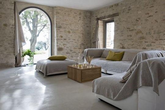 couverture/plaid pour couvrir les sofa.