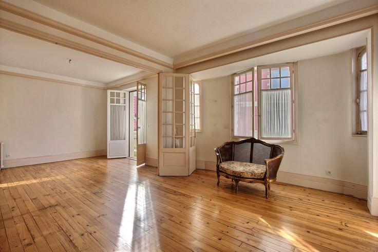 *** VENTE EN COURS *** BiarritzPalais Appartement T4 à redécorer dans résidence de prestige