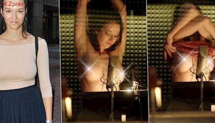 Vítězka poslední Tváře Berenika Kohoutová: Striptýz ve studiu!