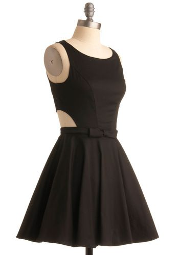 gorgeous: Twists, Cutout, Retro Vintage Dresses, Mod Retro, Bow, Little Black Dresses, Modcloth Com