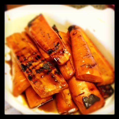 Balsamic honey grilled carrots #recipe: Honey Glazed Carrots, Carrots Howiroll, Carrots Grill, Roasted Carrots, Carrot Recipes, Treats Season, Food Vegetables Carrots, Balsamic Carrots, Grilled Carrots Recipes