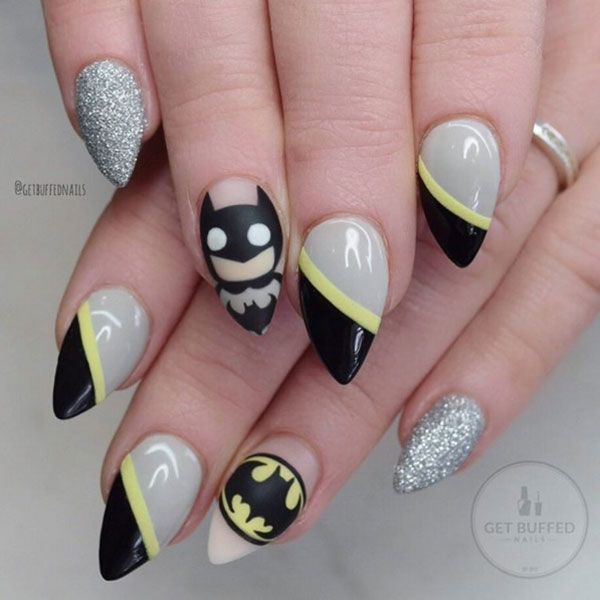 Superman has nothing on this nail art design by @getbuffednails. See the Batman inspired nails here.