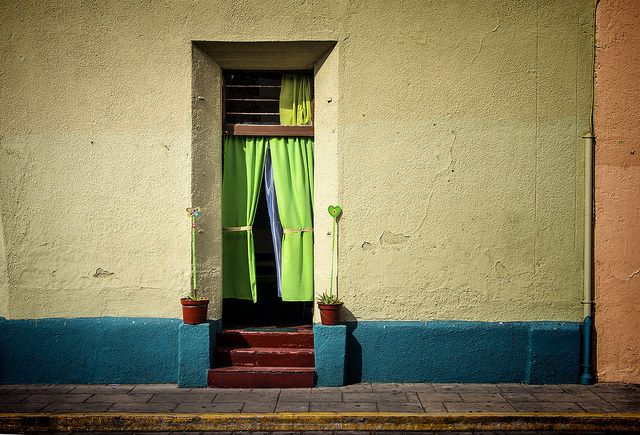 DOORWAY, EL CENTRO DE OAXACA BY JODY9 ON FLICKR.