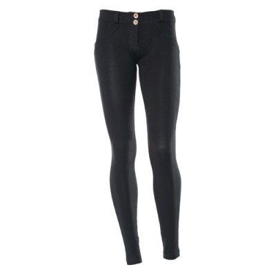 Freddy WR.UP Skinny fit Black är snygga tights som lyfter och formar rumpa och lår! ✔Fraktfritt ✔Snabb leverans 2-4 dagar ✔Freddy WRUP online