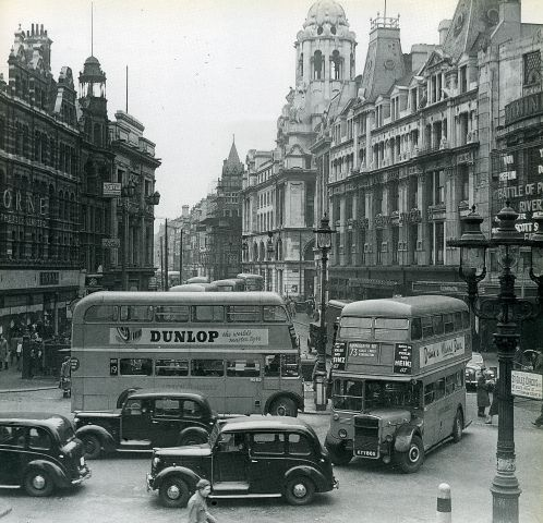 081-Tottenham Court Road/Oxford Street junction in the 1950's by Warsaw1948, via Flickr