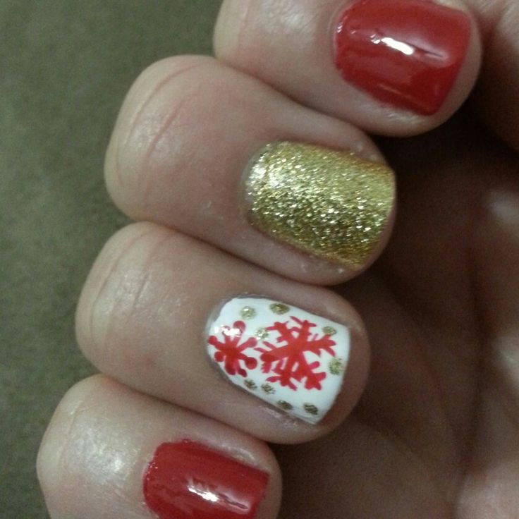Holiday Nails by Andrea #christmas #snowflakes #sparkle