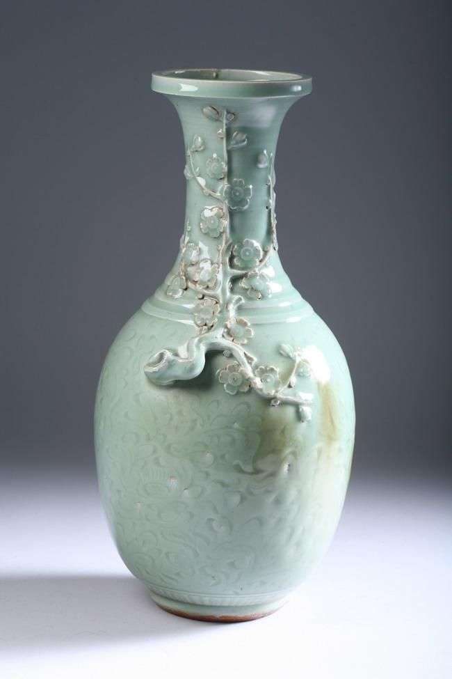 Chinese Celadon Porcelain Vase Ming Dynasty 15 In High All