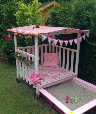 Ein märchenhaftes Spielhaus für alle Garten-Prinzessinnen ( garten, balkon, sandkasten, kinder, kinderzimmer, pavillion, prinzessin, diy, inspiration, gartenidee, rosa, outdoor, spielecke, lillyfee, pink ) >>Super-Sandkasten!